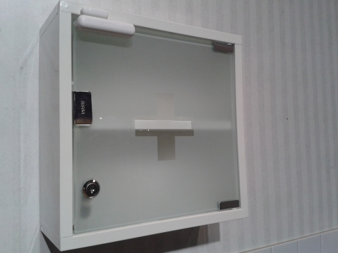 Telia sensr Medical cupboard